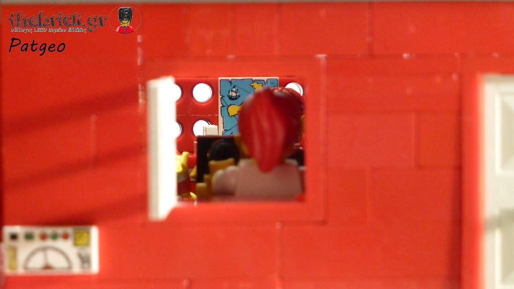 """[BuildtheBrick #2]: """"Santa's Workshop"""" 23456711362_75636dc05a_b"""