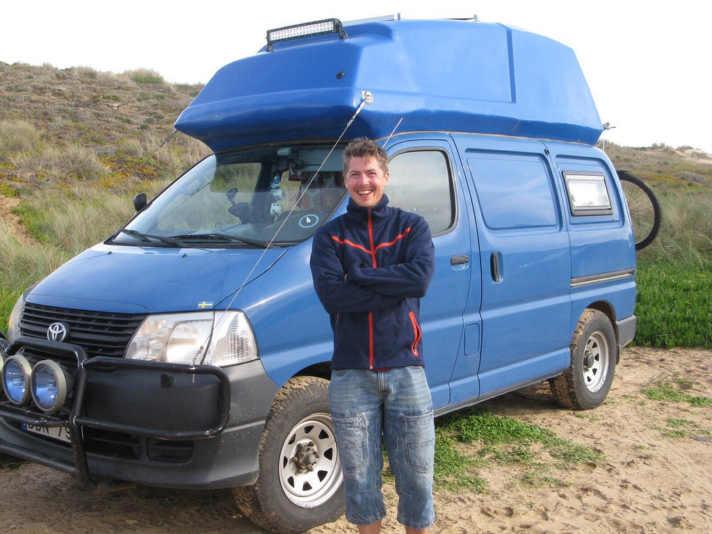 8a01de7720 Hiace Hobo - Living in a Toyota Camper Van  Life on a Stick! - Meet ...