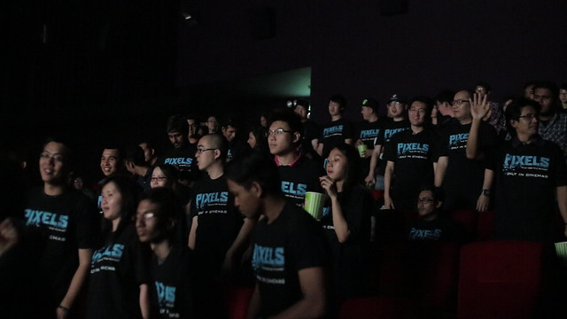PIXELS's fans wacthing exclusive  screening of the movie at TGV Cinemas D'Pulze