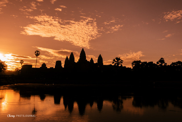 sun rise angkor wat siem reap cambodia