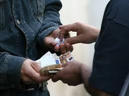 Rutigliano- Spaccia in strada arrestato dai carabinieri