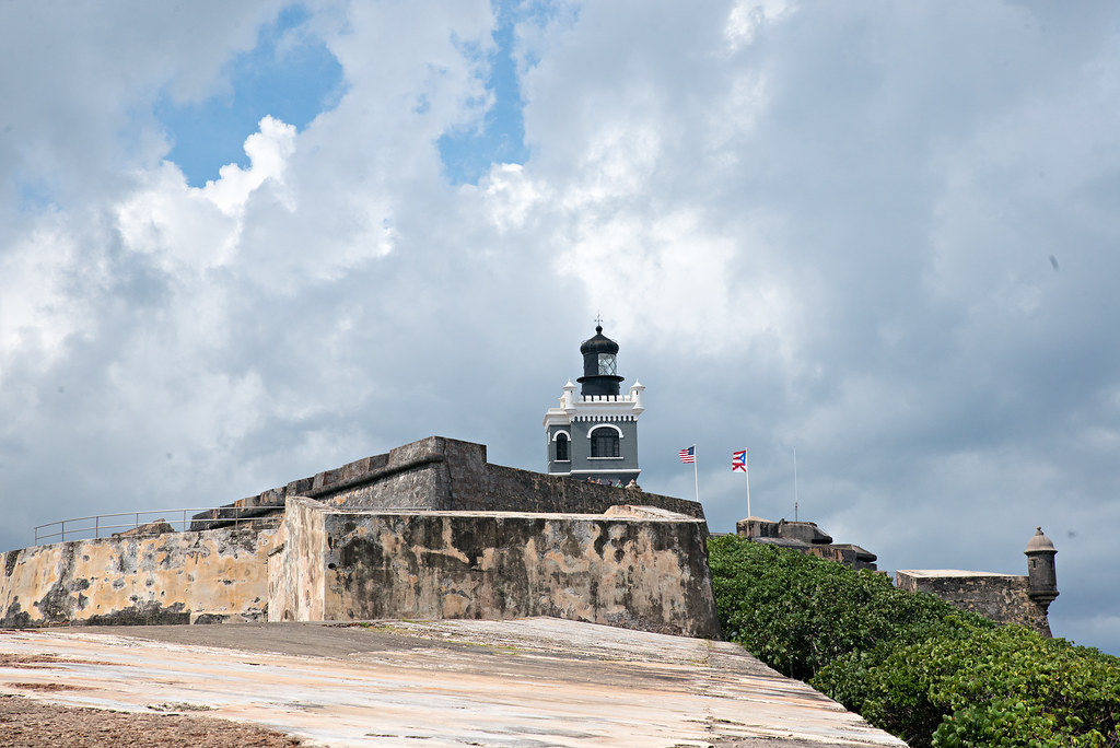 fort lighthouse