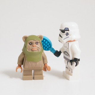 LEGO Star Wars Advent 2015 Day 10 with Ewok