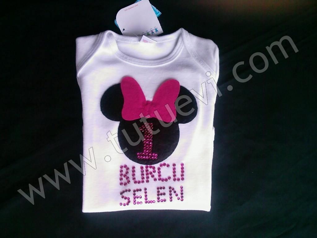 Selma Hanımın Prenses Kızı için hazırlattığı body hazır, mutlu günlerde giymesini diliyoruz.