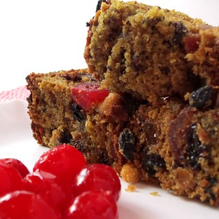 Easy Alcohol-Free Christmas Special Moist Fruit Cake