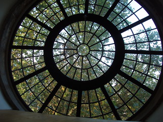200610290007_Christchurch_circular_window