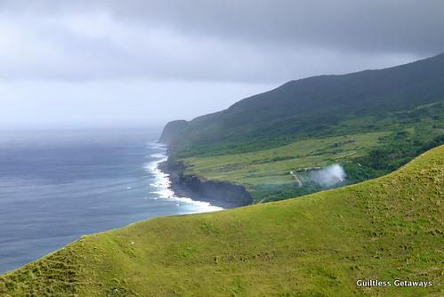cliff-batanes.jpg