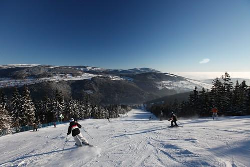Zalyžujte si ve skiareálu HERLÍKOVICE-BUBÁKOV s 24% slevou v zimní sezóně 2016/17