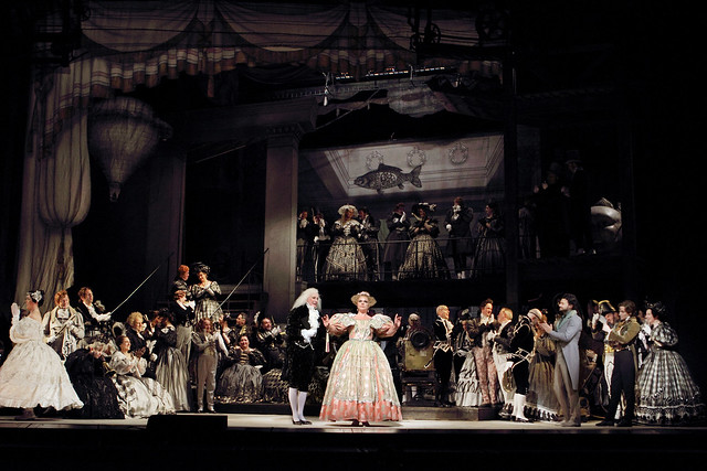 Production photo in Schlesinger's Les Contes d'Hoffmann, The Royal Opera © 2016 ROH. Photograph by Catherine Ashmore