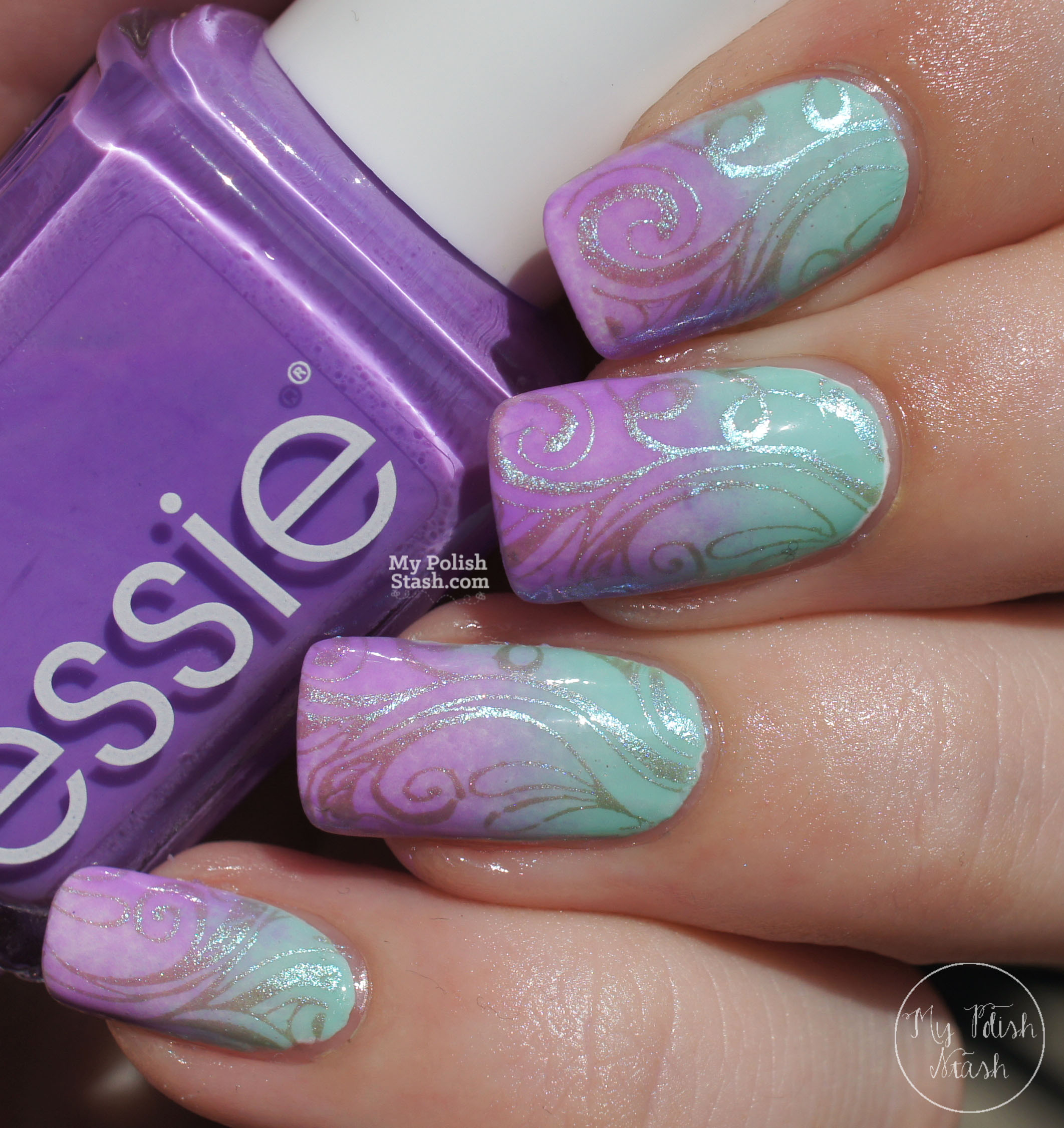 lilac-mint-gradient-nails-with-duochrome-stamping-4