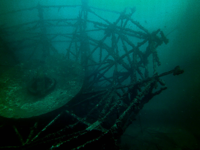 diving vanderberg