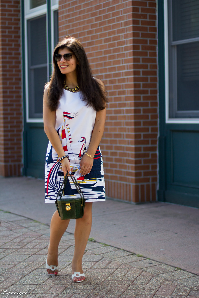 sailboat dress, ferragamo sandals, green snakeskin bag-1.jpg
