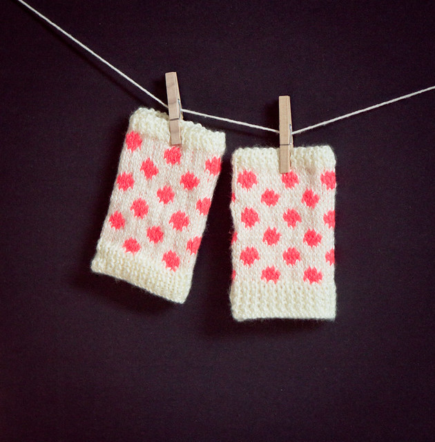 Polka Dot Fingerless Gloves