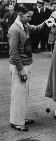 yo yo London 1932_zpse062d79e