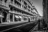 Ombre et lumière à Toulouse rue de Metz en plein midi