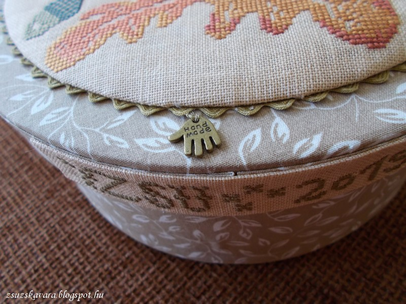 blackbird, design, tutorial, autumn song, box , pincushion (6)