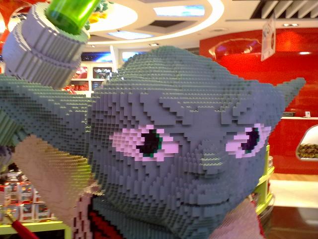 Lego Yoda 2