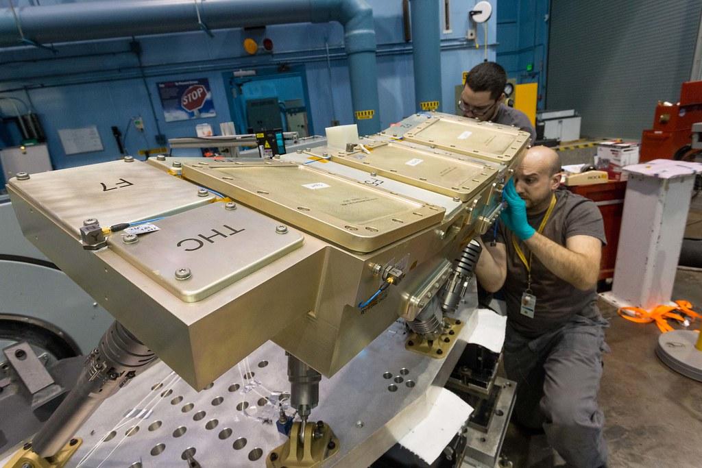 Orion Crew Console Vibration Test (3)