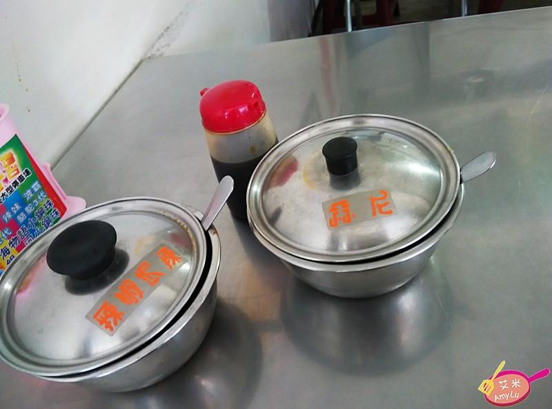黎明路台北大腸蚵仔麵線