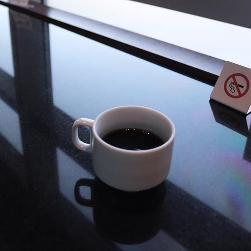 コーヒー一杯を一気飲みして、ゲートに急げー
