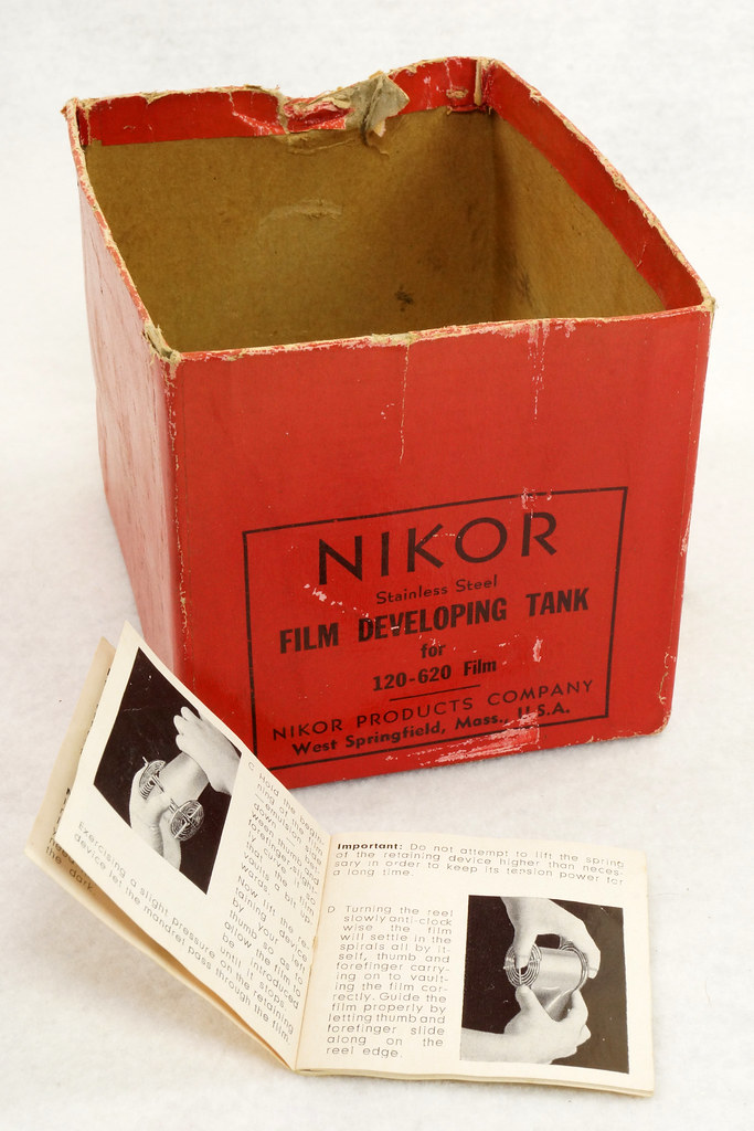 RD14949 Vintage Nikor Stainless Steel Film Developing Tank for 120-620 Film + 2 Reels DSC06708