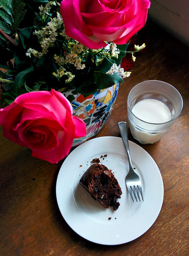 Chocolate cake and flowers
