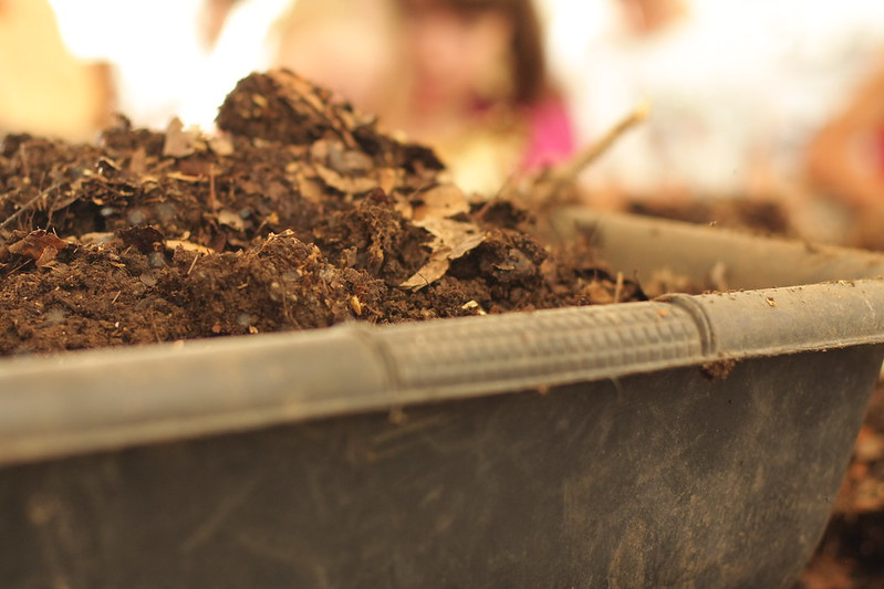 Freer Organics - worm composting