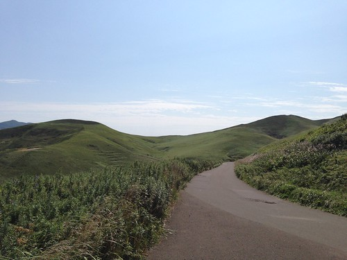 rebun-island-todo-island-observatory-sloping-road