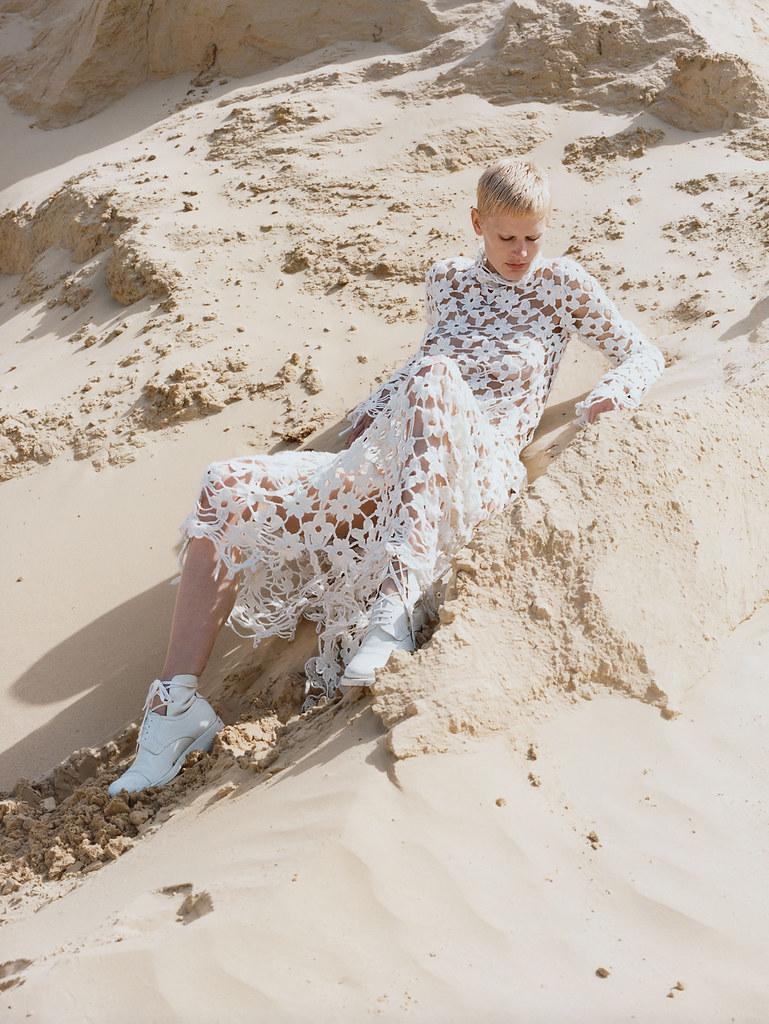 Саския де Брау — Фотосессия для «Vogue» UK 2015 – 1