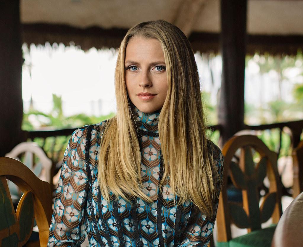 Тереза Палмер — Фотосессия на фестивале «Maui» 2015 – 3
