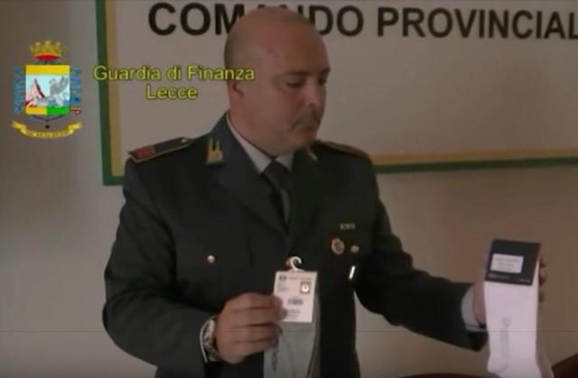 Casamassima-Maxi sequestro di articoli contraffati al Baricentro (4)