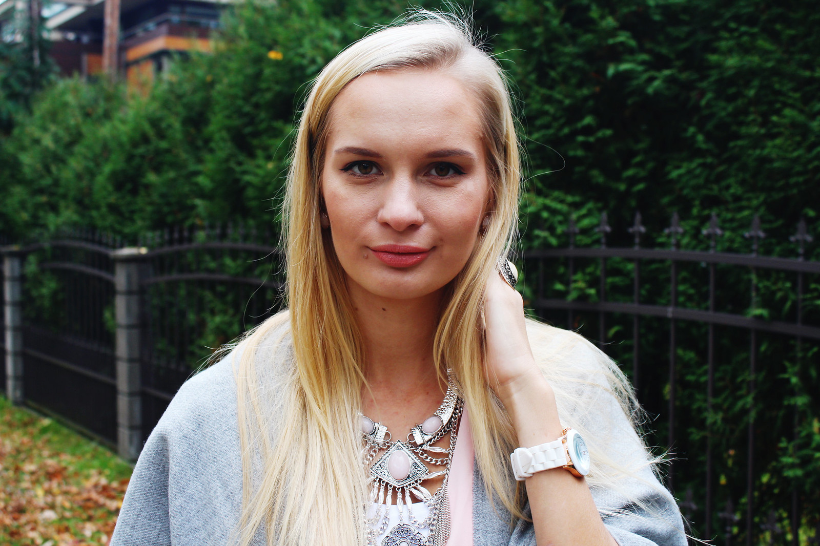 Blonde latvian fashion blogger