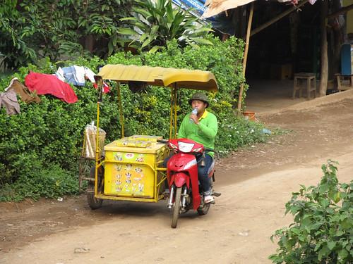 Luang Prabang: villages sur l'autre rive de la rivière Nam Khan