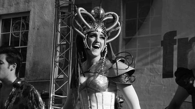Edinburgh Fringe on the Mile 2015 089