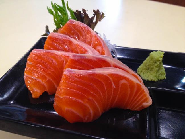 udon-kobo-salmon-sashimi
