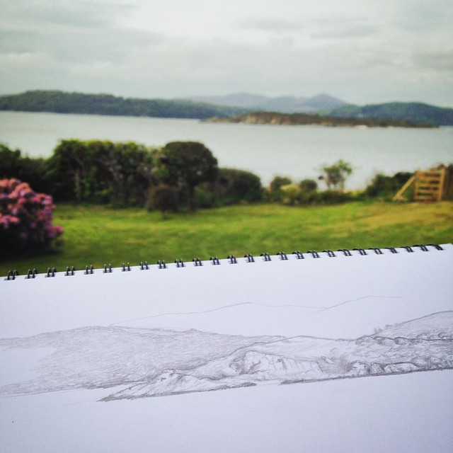 Nothing like a spot of sketching on a Sunday morning by the seaside! #sketching #pencilsketch