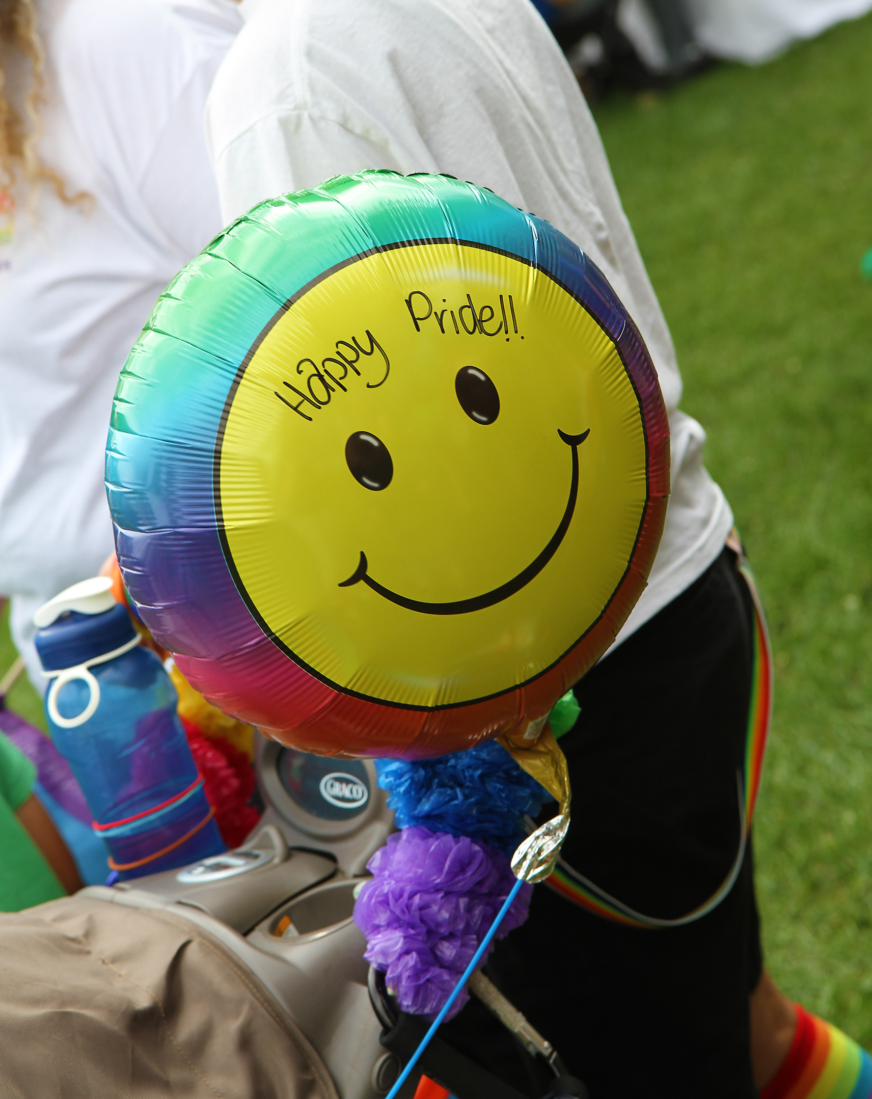 PP Happy pride balloon