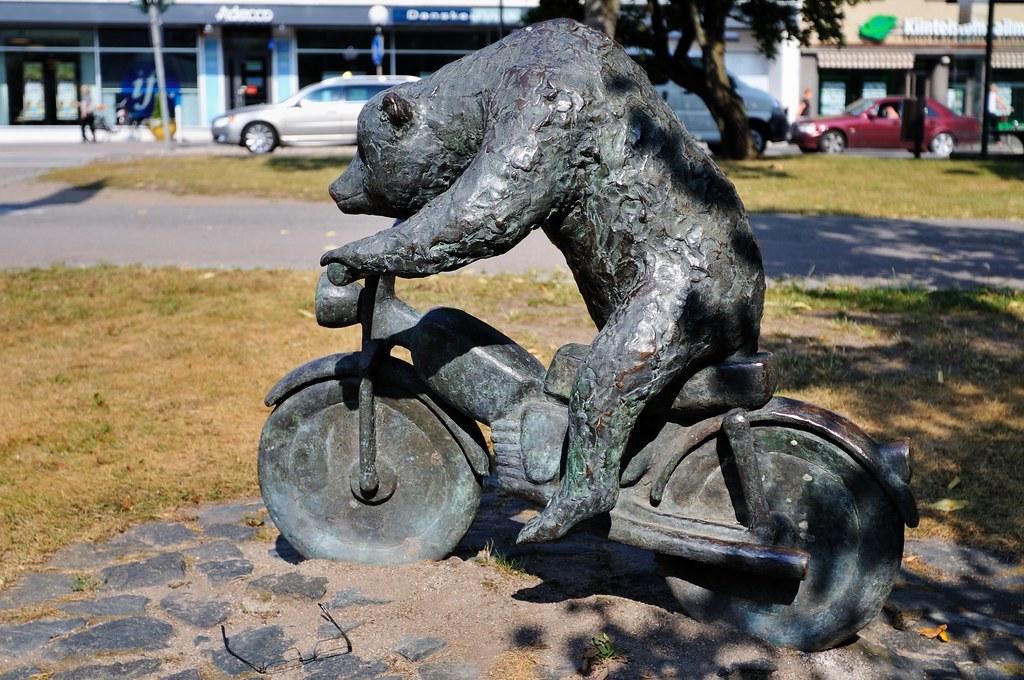 Hyvinkää - Sirkuskarhu
