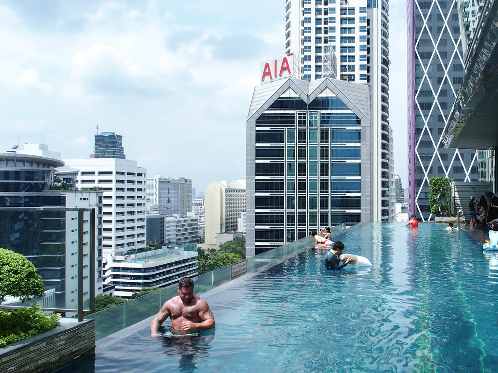 eastin grand sathorn bangkok pool