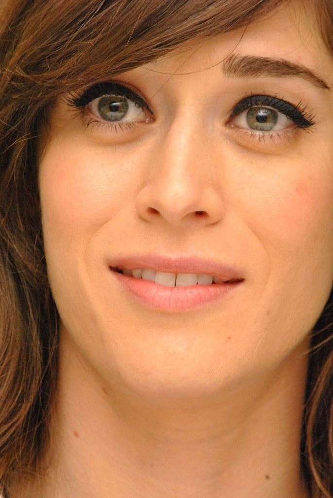 Лиззи Каплан — Пресс-конференция «Мастера секса» 2014 – 29