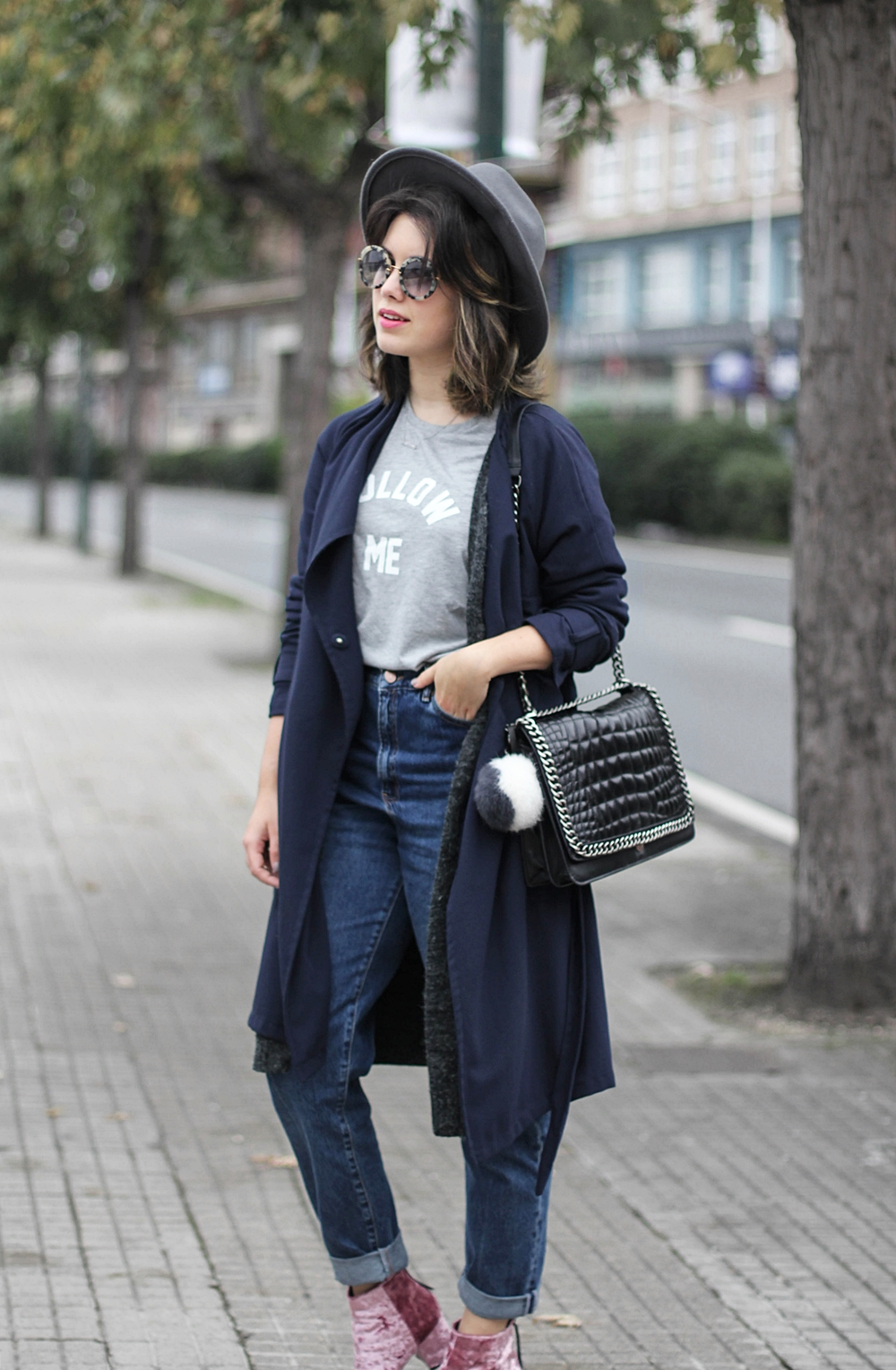 velvet boots asos streetstyle with navy trench and mom jeans myblueberrynightsblog