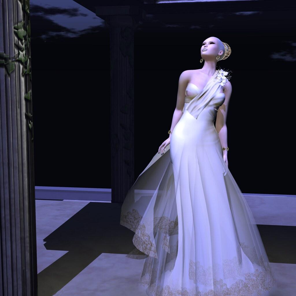 Vivian, Gold, Sascha's Designs