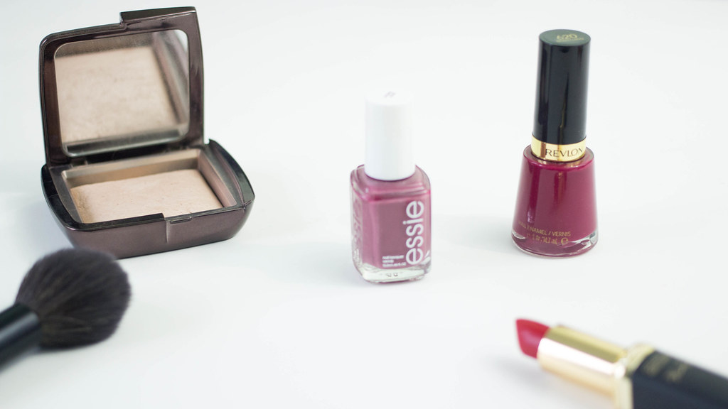 Nail Colors Suitable for the Office | A Hint of Rose