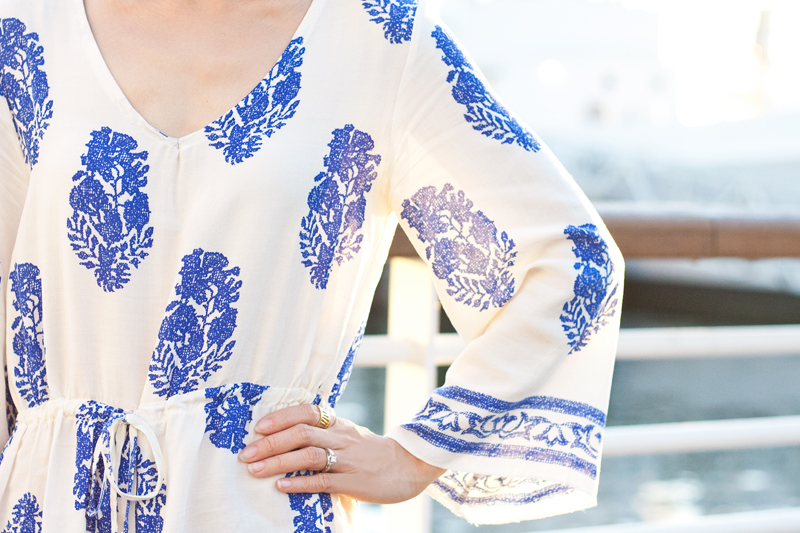 03-white-blue-floral-print-sf-style-fashion