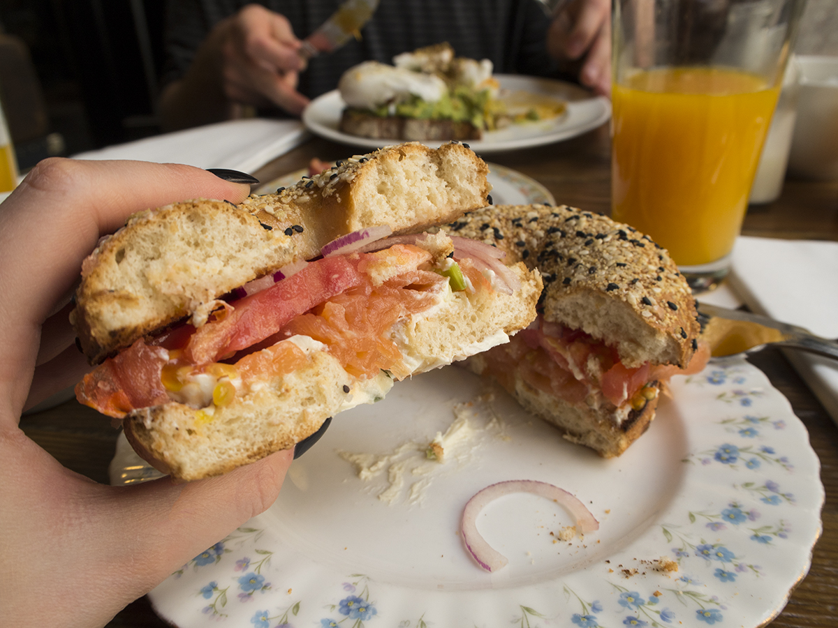 smoked-salmon-bagel-hubbard-bell-brunch