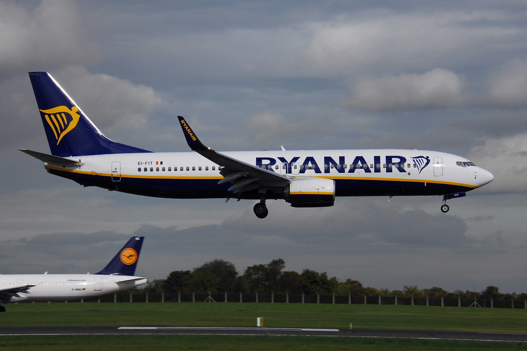 EI-FIT - B738 - Ryanair
