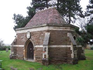Ailesbury Mausoleum & Crypt, Maulden (I)