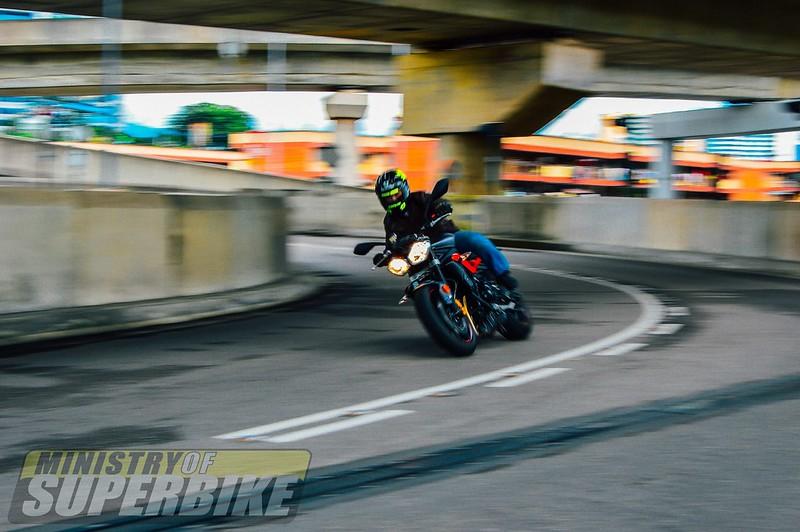 First Ride : Triumph Street Triple R