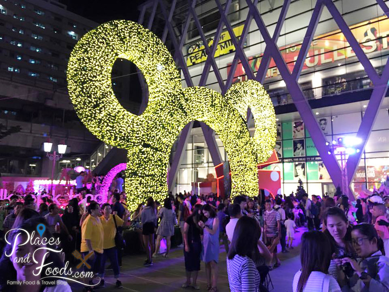 central world bangkok 2015 disney christmas decoration