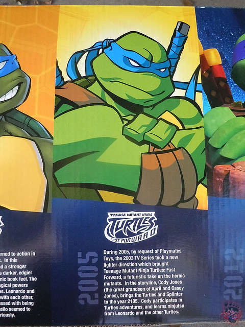"Nickelodeon ""HISTORY OF TEENAGE MUTANT NINJA TURTLES"" FEATURING LEONARDO - 'TMNT : FAST FORWARD' LEONARDO i (( 2015 ))"